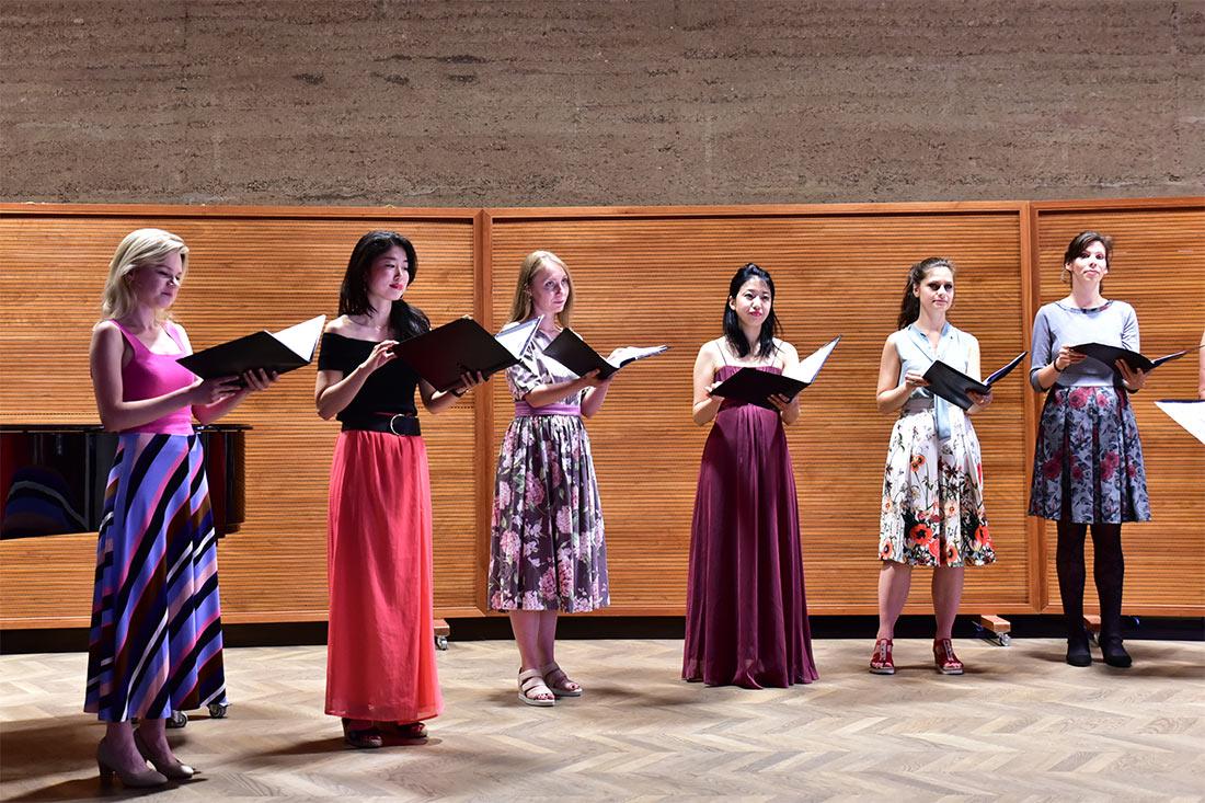 "Chor: Salzburg Vokal - Johannes Brahms: ""Zigeunerlieder"""