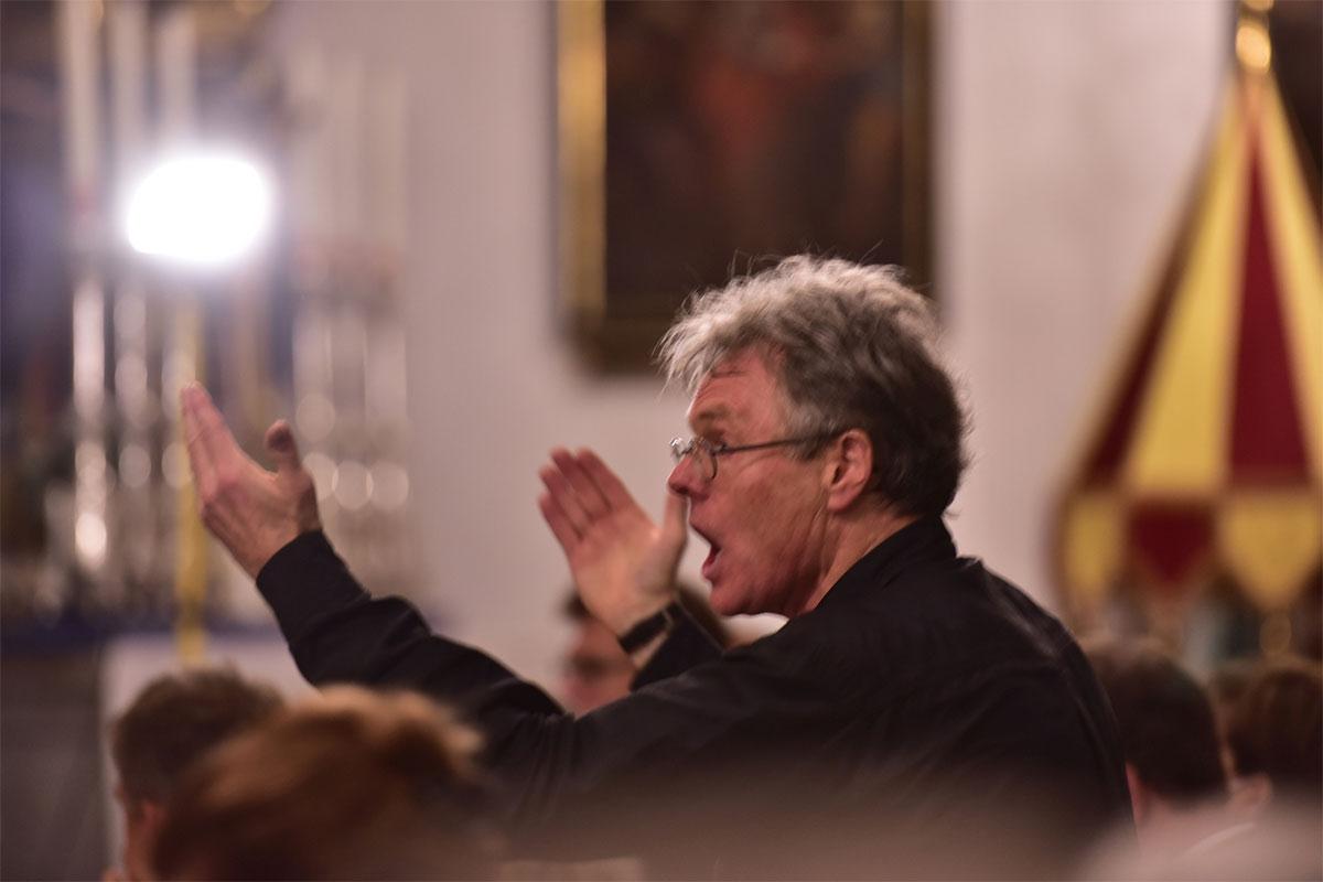 Hans-Josef Knaust dirigiert Haydn die Jahreszeiten - VEranstaltung in MAria Plain von IMP Salzburg